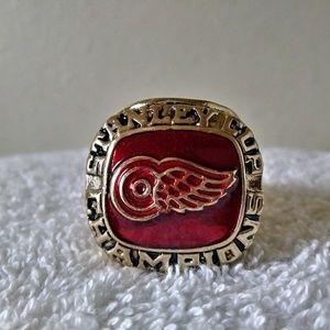 Detroit Redwings 1997 Championship Ring